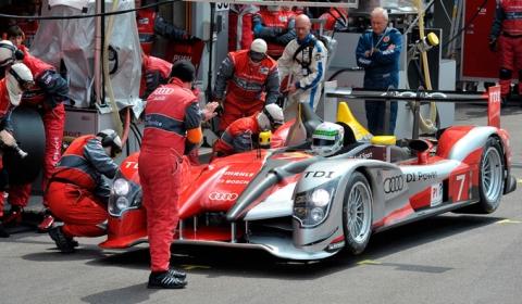 Le Mans 2010: Audi R15 TDI Prepares for 24-Hour Race