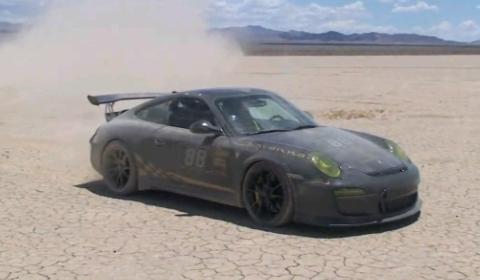 Video: Porsche 911 GT3 RS on Salt Flats