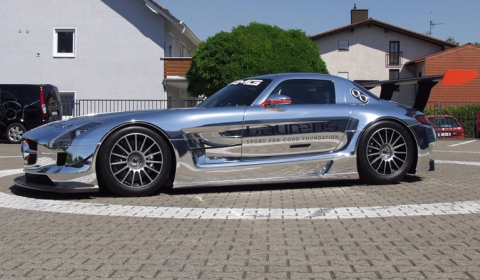 Chrome Mercedez-Benz SLS AMG GT3 Racer