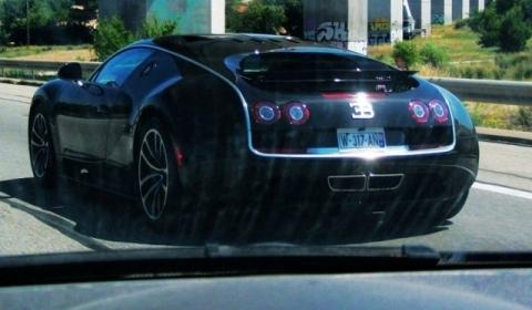 Spotted Bugatti Veyron 16.4 Super Sport