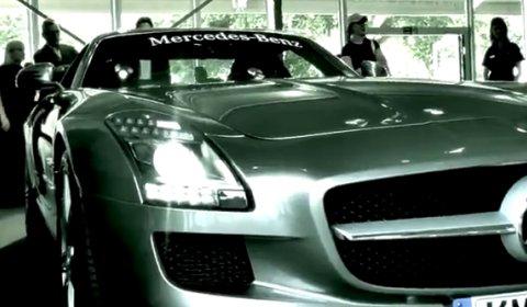 Video: Mercedes SLS AMG at Goodwood 2010