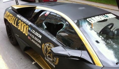 Jon Olsson LP670 SV Window Smashed