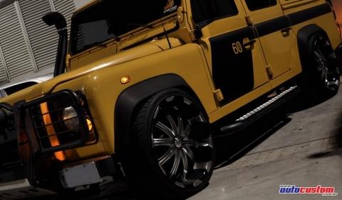 Overkill Land Rover Defender 01