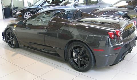 Full Carbon Fibre Ferrari 16M