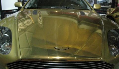 Overkill Golden Aston Martin DB9 02