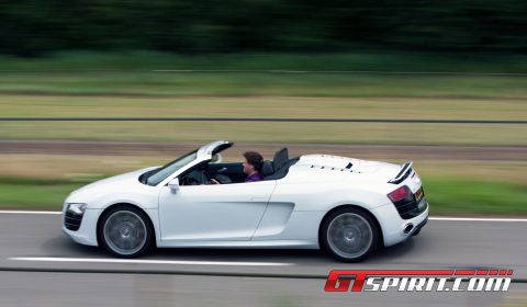 Road Test Audi R8 V10 Spyder 01