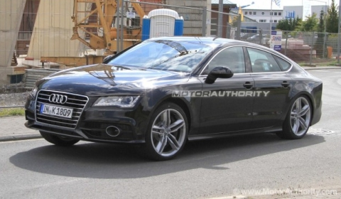 Spyshots: 2012 Audi S7 Caught Undisguised