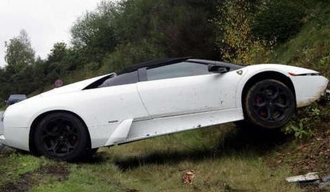 Car Crashes Bugatti Veyron Grand Sport And Lamborghini Roadster In