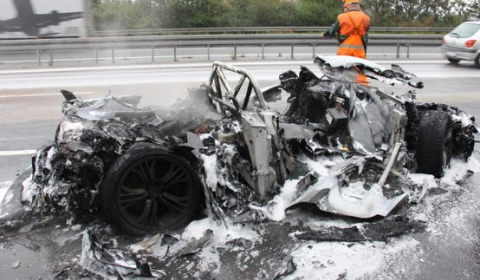 Car Crash First Audi R8 Gt Burns Down
