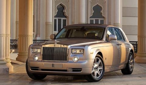 Rolls-Royce Reveals New Bespoke Phantom at Sharjah Motor Show
