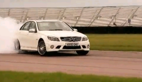 Video Mercedes C 63 AMG Performance VS BMW M3 Competition