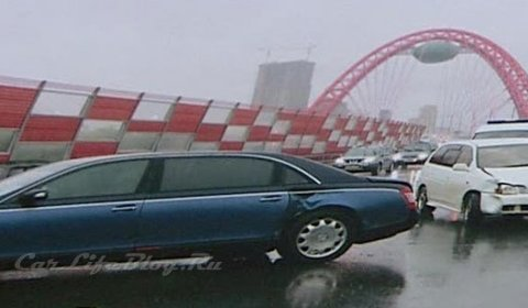 Car Crash Toyota Driver Crashes Maybach 62 in Moscow