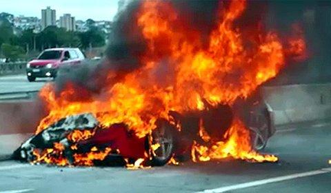 Ferrari 458 Italia Burned Down in Brazil
