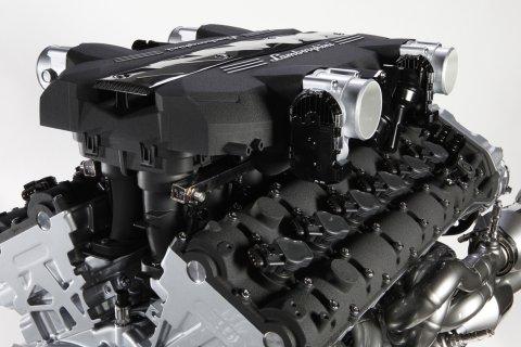 Lamborghini LP700-4 Aventador V12 Engine 01