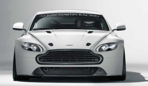 Official 2011 Aston Martin Vantage GT4 Racer 02