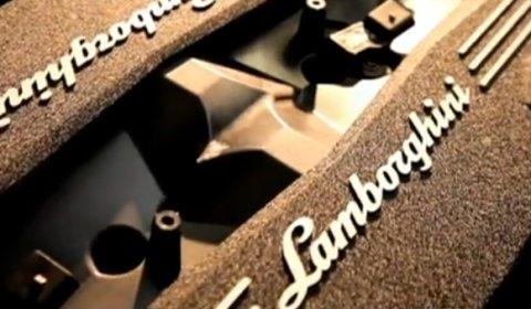 Video New Lamborghini 6.5 Liter V12 Engine Assembly