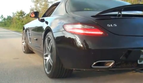 Video Renntech Mercedes-Benz SLS AMG Performance Exhaust