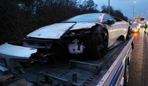 Car Crash Lamborghini LP640 Crashed near Bordeaux on Christmas Evening
