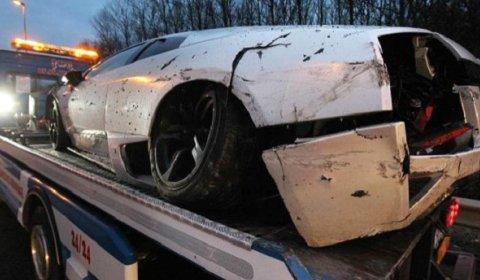Car Crash Lamborghini LP640 Crashed near Bordeaux on Christmas Evening 01