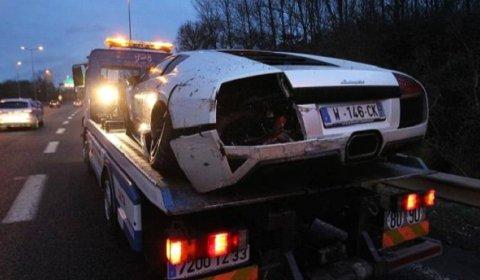 Car Crash Lamborghini LP640 Crashed near Bordeaux on Christmas Evening 02