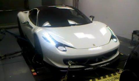 Video Oakley Design Ferrari 458 Italia on The Dyno