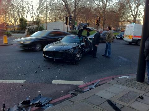 SLS AMG Crash