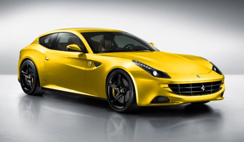 Ferrari FFour Rendered in Classic Ferrari Colors