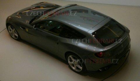 More Pictures Gray Ferrari FFour Reveal Interior