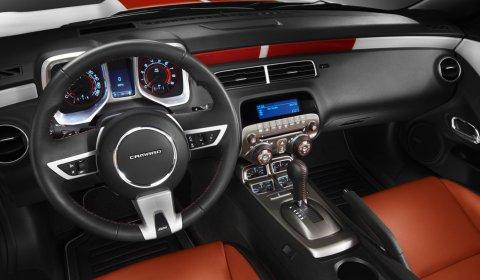 Official 2011 Chevrolet Camaro Convertible Pace Car 02