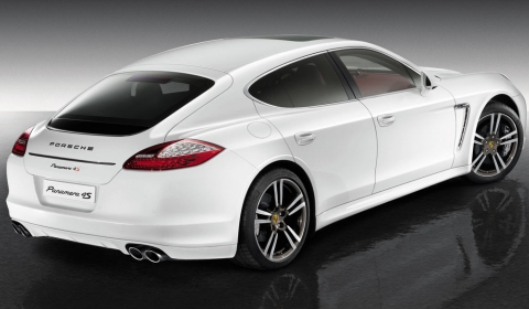 Official Porsche Panamera 4S Exclusive Middle East Edition