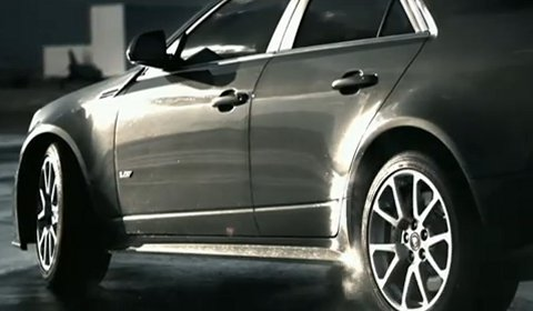Video Cadillac CTS-V Coupé Commercial with Laurence Fishburne
