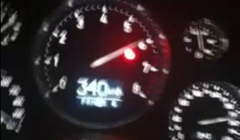 Bugatti Veyron Speeding