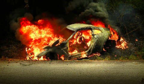 Car Crash Nissan R35 GT-R Burns Down in Malaysia