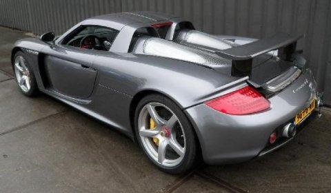 For Sale Crashed 2004 Porsche Carrera GT 01
