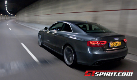 Road Test 2011 Audi RS5 01