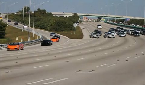 Video Police Shut Down I-95 for 200 Exotic Cars
