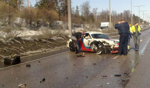 car crash porsche 997 gt2 martini edition crashed in finland gtspirit. Black Bedroom Furniture Sets. Home Design Ideas