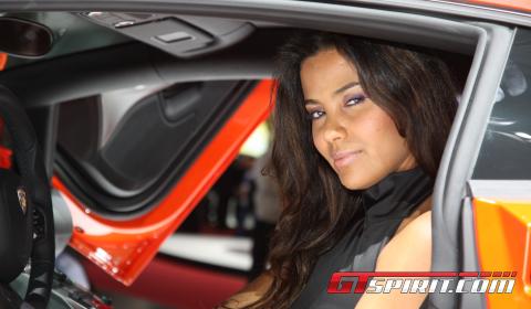 Geneva Motor Show Girls 2011 Part 1