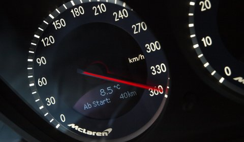 Photo Of The Day McLaren SLR at 360km/h
