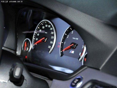 BMW F10M M5 Concept Interior 02