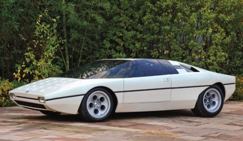 Six Bertone Classic Cars on Auction Block at Villa d'Este 2011