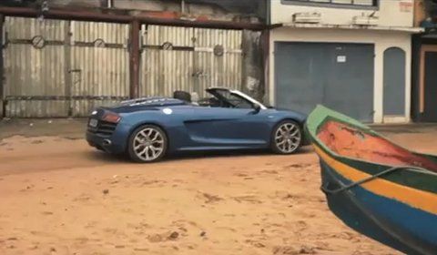 Video Audi R8 V10 Spyder in Brasil