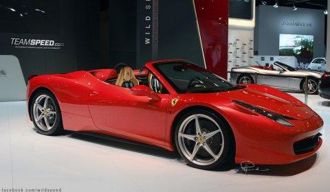 Rendering Ferrari 458 Italia Spider