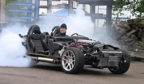 Video Burnout in a Bodyless Dodge Viper