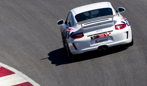 Video Porsche 911 GT3 With Akrapovic Evolution Exhaust System at Portimao Circuit