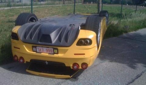 Car Crash Ferrari F430 Spider Lands On Its Roof 02