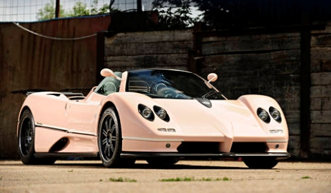 For Sale Pink Pagani Zonda C12 7.3 Roadster for Auction at Goodwood