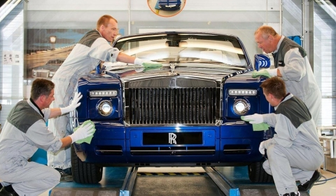 Official Bespoke Rolls Royce Drophead Coupe at Masterpiece London 2011