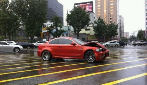 Car Crash First BMW 1-Series M Coupe Wrecked in Korea 01
