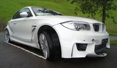 Car Crash Third BMW 1-Series M Coupe Crashed in Switzerland